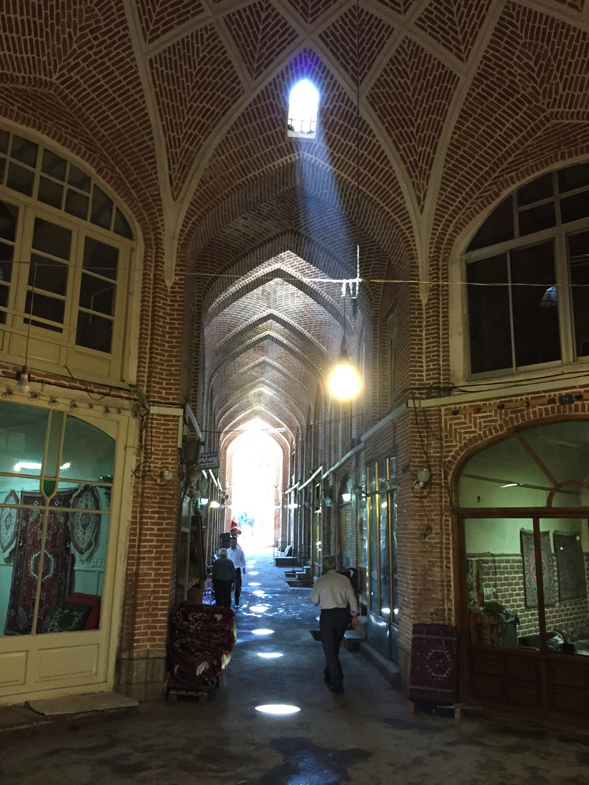 The small alleys of the Tabriz Bazaar