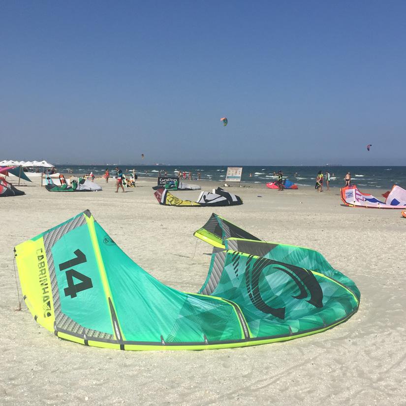 Kiting at the Black Sea